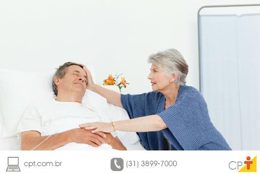 pessoa doente hospitalizada