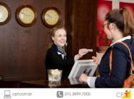 Hospitalidade dos brasileiros atrai turistas estrangeiros