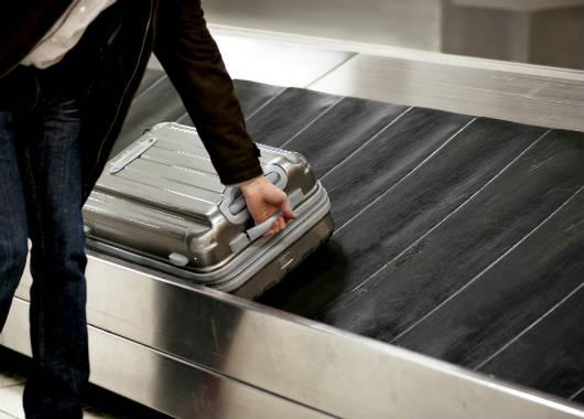 Dicas para retirar bagagens em aeroportos