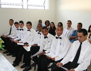 Formatura da turma de alunos do curso de Treinamento de Garçons