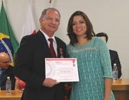 Prof. Nelson Maciel, Presidente do Grupo CPT e da Univiçosa recebe a Medalha do Poder Judiciário - 2015