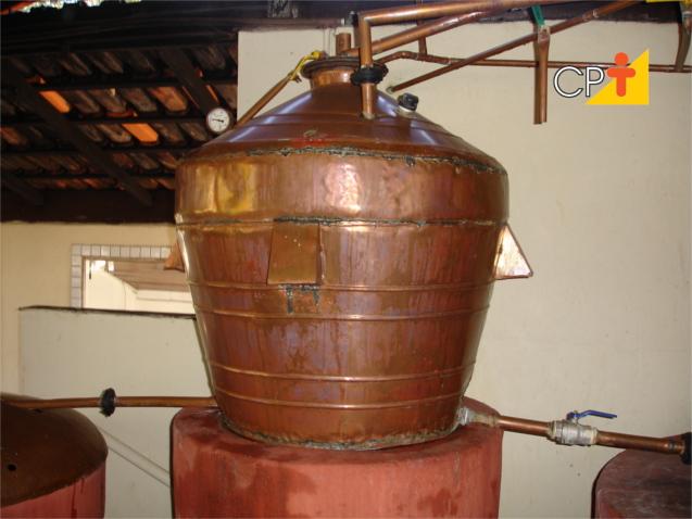 Destilados alcóol combustível