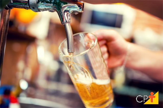 O lúpulo para produção de cerveja artesanal