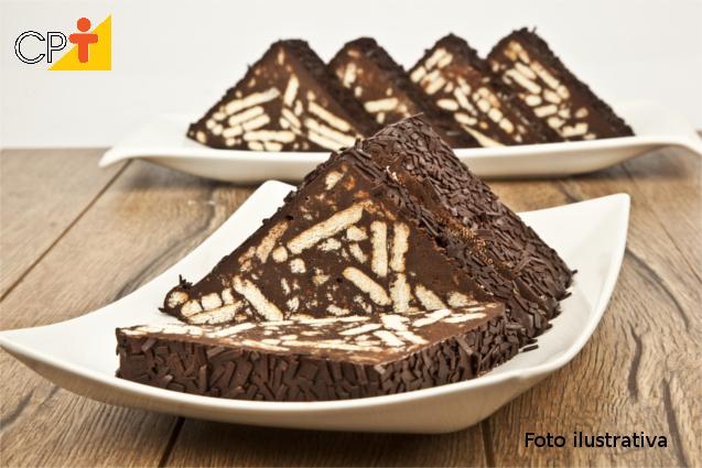 Torta bis com sorvete