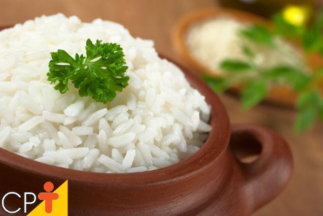 Receita de arroz branco      Artigos Cursos CPT