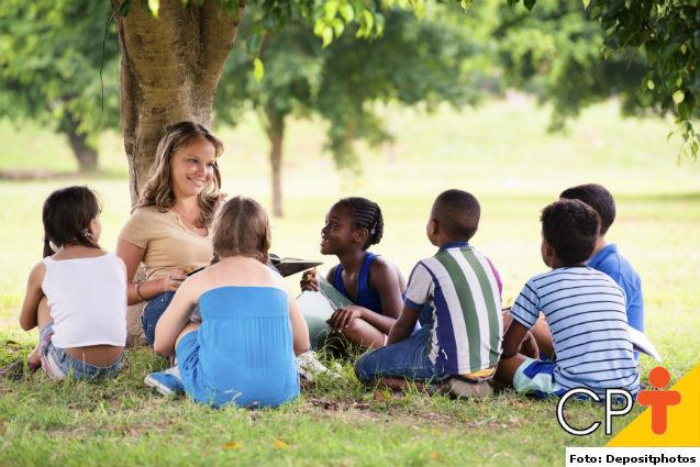 O Professor: base primordial da educação infantil   Para Refletir Cursos CPT