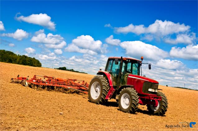 Trator mecanização agrícola
