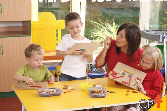 Dar limites às crianças é…   Para Refletir Cursos CPT
