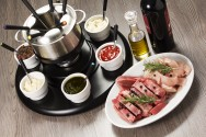 7 receitas de molhos para fondue de carne: aprenda a fazer