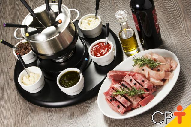 7 receitas de molhos para fondue de carne: aprenda a fazer   Receitas Cursos CPT