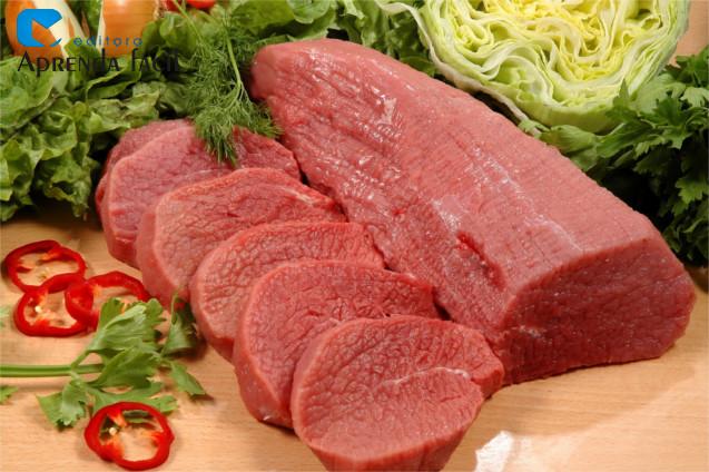 Carne maturada e pronta para preparo
