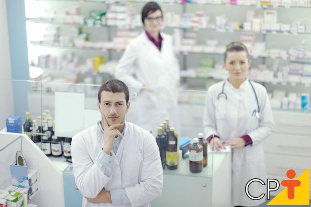 Atendentes de farmácia têm de passar por treinamentos?   Artigos Cursos CPT