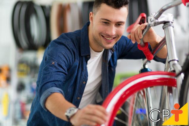 Bicicleta com quadro de fibra de carbono: vantagens e desvantagens   Artigos Cursos CPT