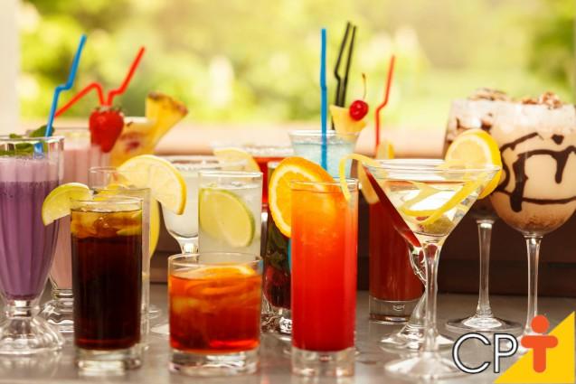 5 coquetéis para servir aos amigos e arrasar em sua festa!   Artigos Cursos CPT
