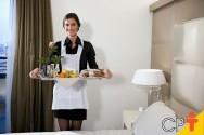 Camareiras de hotéis podem aceitar gorjetas?