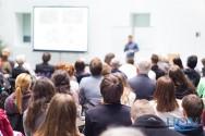 Melhorando a oratória e a reputação profissional