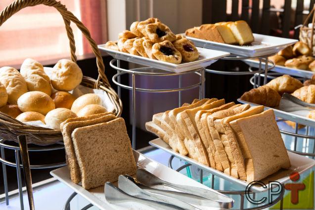 Por que o café da manhã é a grande estrela do hotel   Dicas Cursos CPT