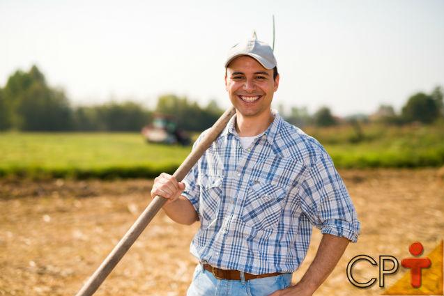 Vai plantar feno? Corrija a acidez do solo antes!   Dicas Cursos CPT
