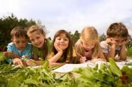 Aprendizagem cooperativa em sala de aula e fora dela