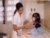 Cuidados com a criança adequam a atenção da babá à cada idade