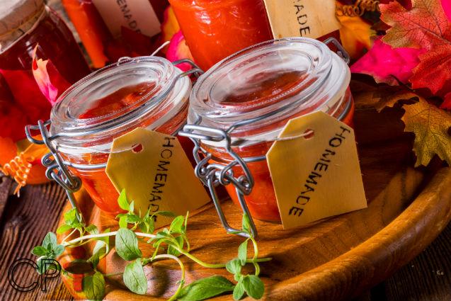 O preço do tomate in natura está baixo? Venda-o em compotas!   Artigos Cursos CPT