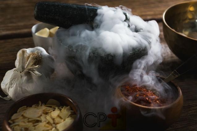 Congelar alimentos com nitrogênio? Existe isso?   Dicas Cursos CPT