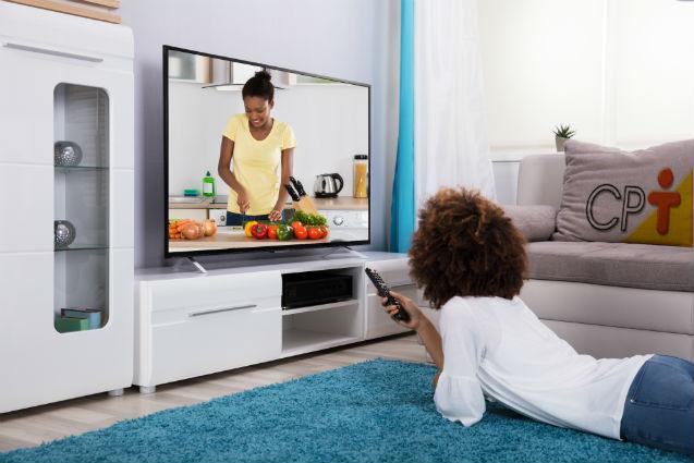 Quer passar em concursos? Dica: menos televisão!   Dicas Cursos CPT