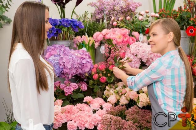 Uma profissão requisitada no mercado de trabalho? Florista!   Notícias Cursos CPT