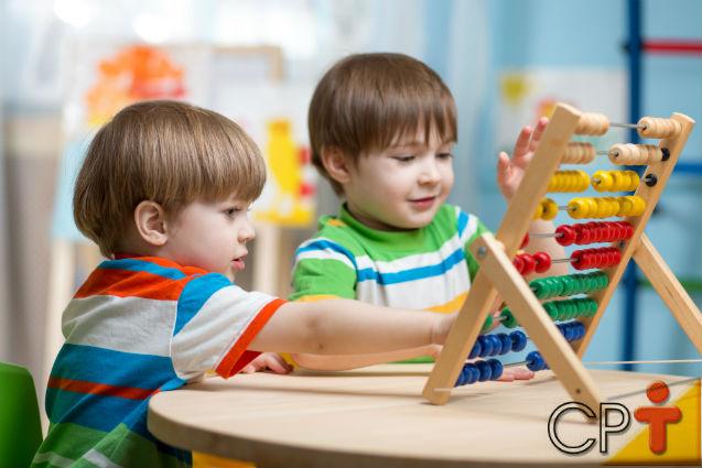 SIM, as crianças aprendem MATEMÁTICA enquanto BRINCAM!   Artigos Cursos CPT