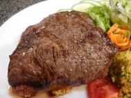 O churrasco proporciona um dos maiores prazeres do ser humano: comer bem.
