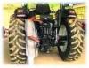 Manutenção de trator agrícola de pneus