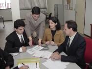 Procure conciliar suas maneiras com as da pessoa com a qual vai negociar.