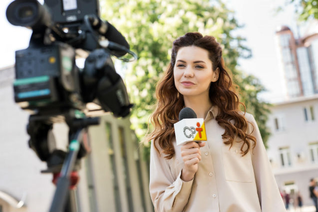 Especialista: O poder do jornalismo televisivo sobre a vida das pessoas   Artigos Cursos CPT