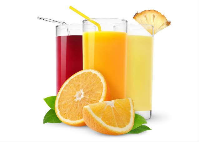 Sucos naturais no café da manhã: benefícios à saúde