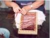 Artesanato feito com palha de milho é terapia e fonte de renda
