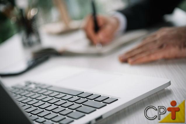 Teclado e mouse para notebook são limpos facilmente   Artigos Cursos CPT