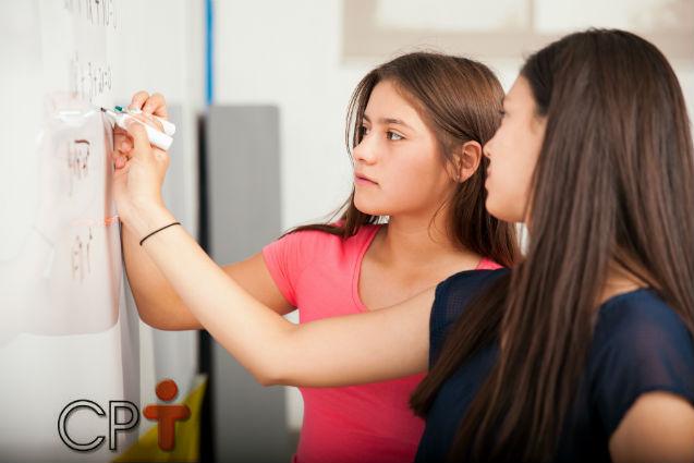 Aprendizagem ativa em sala de aula: trabalho em grupos pequenos   Artigos Cursos CPT