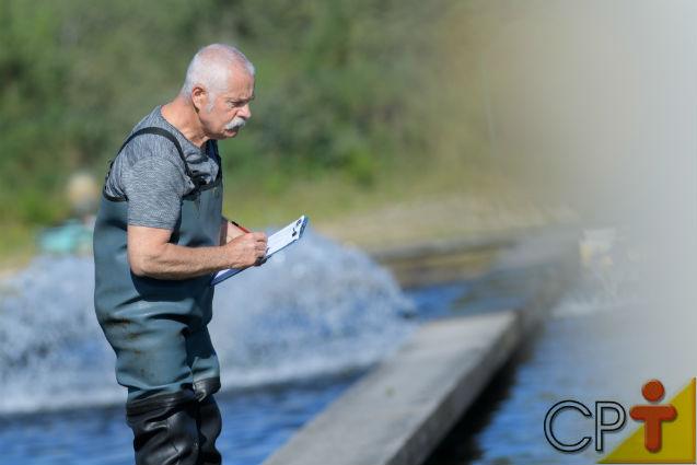 Fertilização em viveiros de peixes: por que fazer, qual a sua importância?   Artigos Cursos CPT