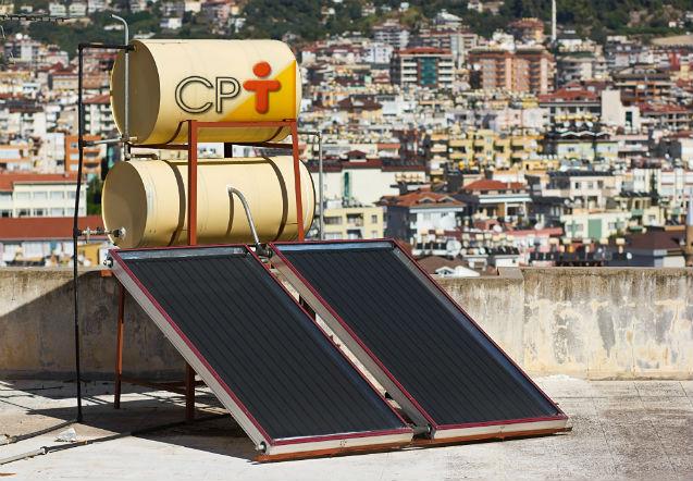Painéis de captação solar: onde instalar os reservatórios de água   Artigos Cursos CPT