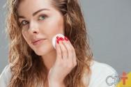 Dicas fáceis para fazer limpeza de pele em casa