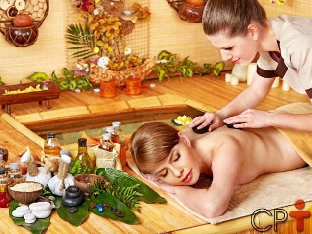 Qual o melhor óleo para massagem, você sabe?   Artigos Cursos CPT