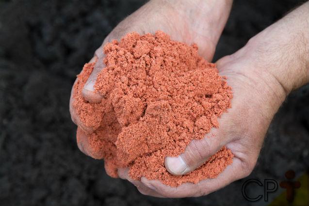 Excesso de potássio no solo prejudica as plantas?   Artigos Cursos CPT