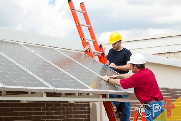 Demanda por painéis solares aumenta 60%