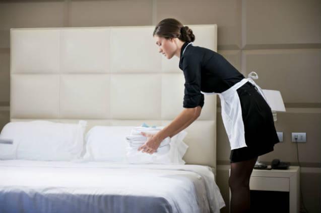Confira as principais atribuições da camareira