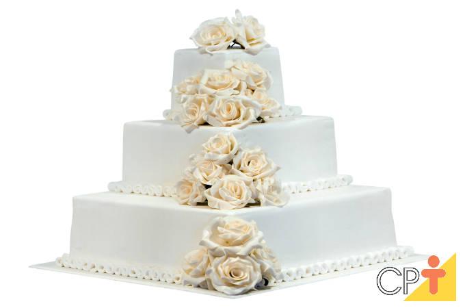 Dicas de coberturas para bolo de casamento