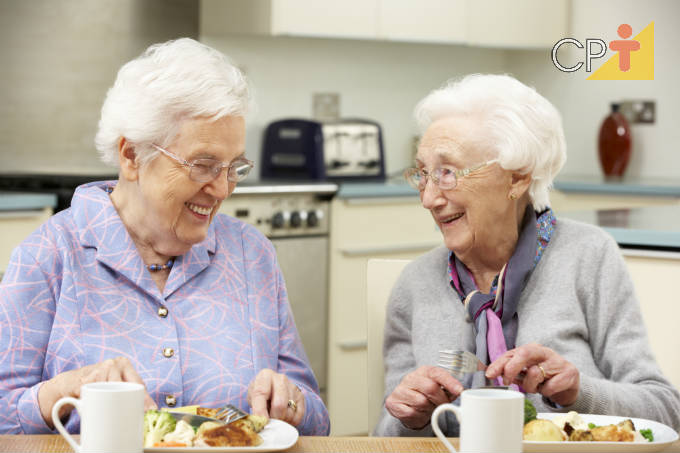 Alimentação de idosos: confira dicas importantes