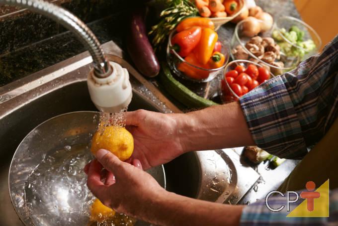 Dicas para higienizar vegetais corretamente