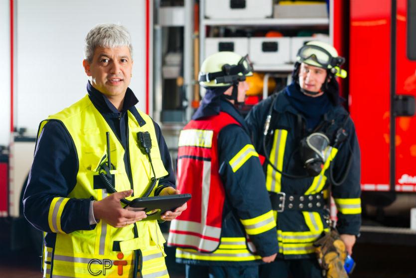 Cuidado! Antes de sair para apagar o fogo confira as ferramentas   Artigos Cursos CPT