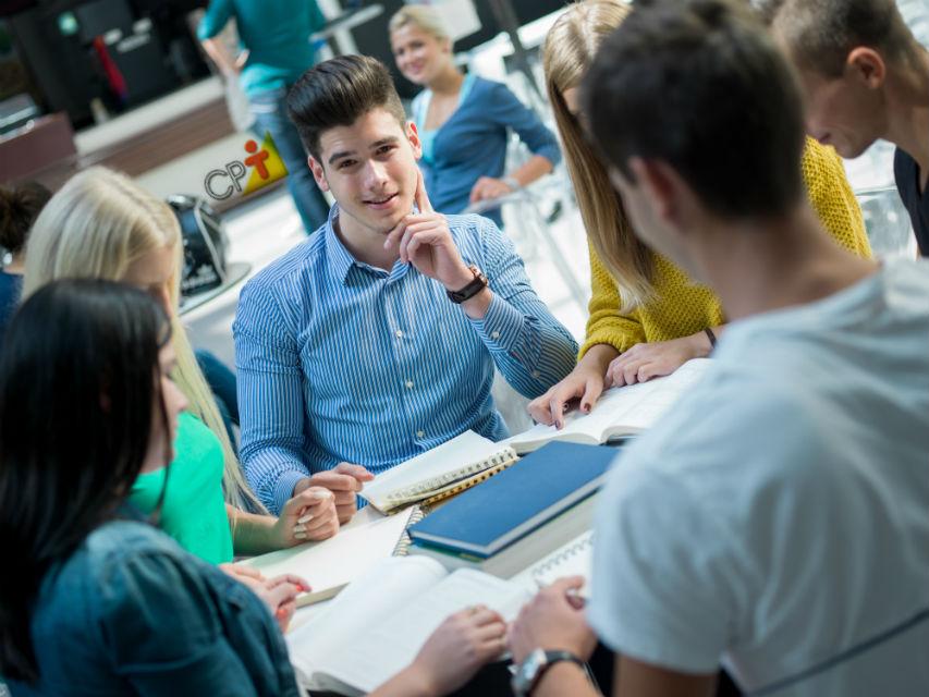 Nas escolas, por que optar por trabalhos em pequenos grupos?   Dicas Cursos CPT