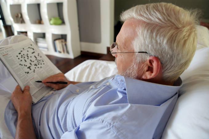 Como garantir uma saúde de ferro a idosos